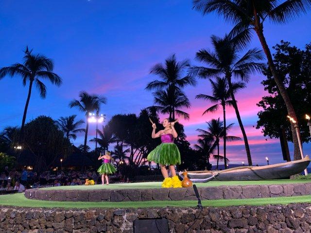夏威夷旅游必去|传统歌舞美食盛宴Luau