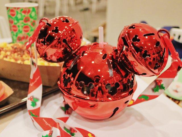 自带蹦迪效果的迪士尼圣诞饮料杯...