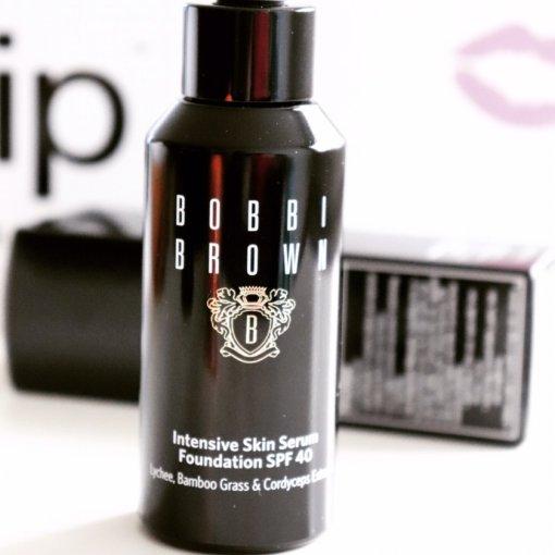具有争议性的一款粉底液使用感受 Bobbi Brown