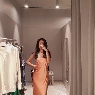Arket家的神仙水蜜桃裙子🍑🍑...