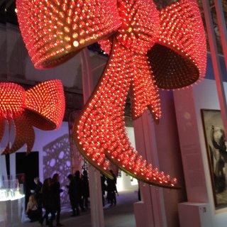 带着君君逛Dior展...
