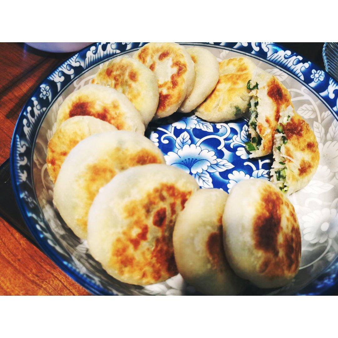 一起来摆摊- 韭菜饼+生菜🥬牛肉粥