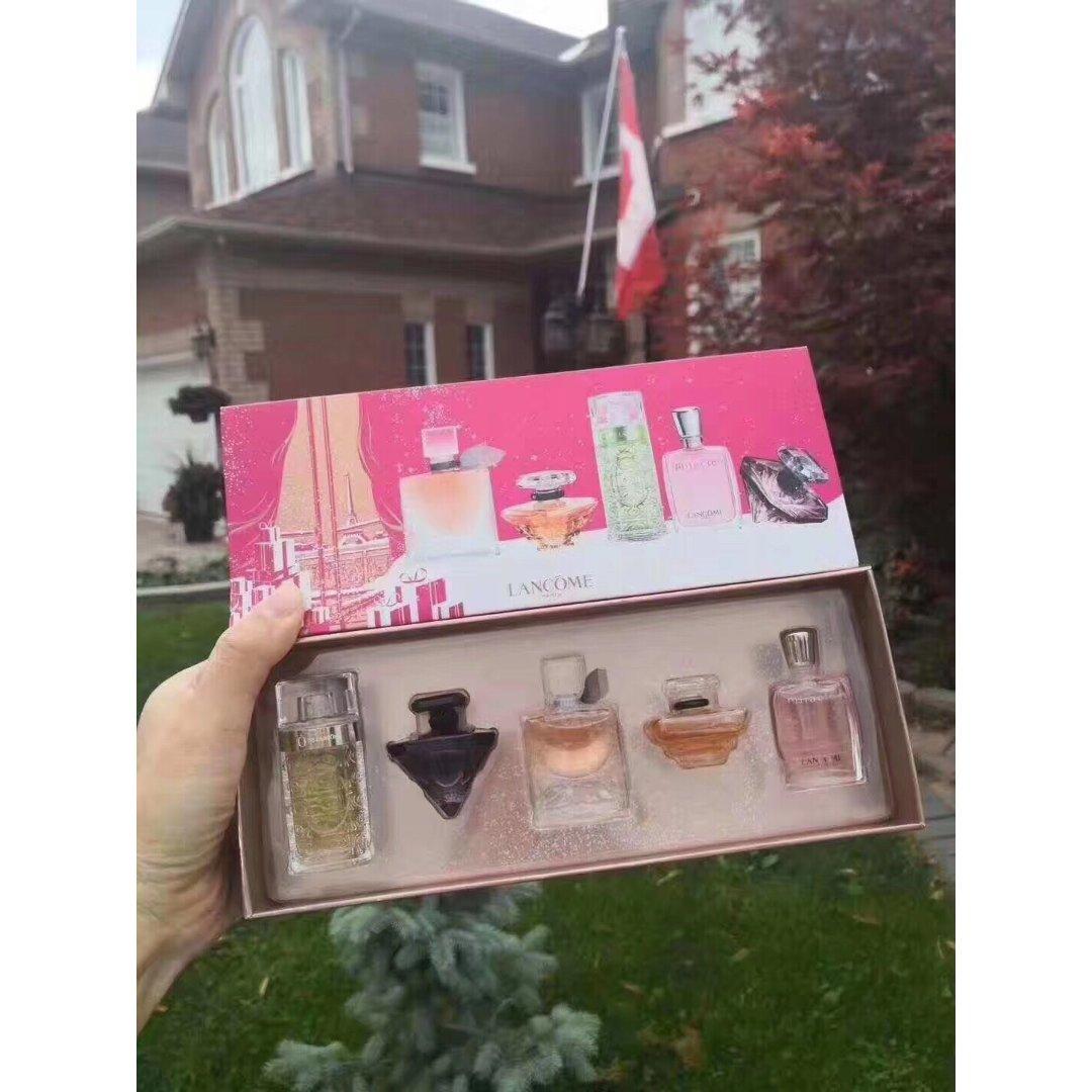 兰蔻圣诞迷你香水礼盒,5种味道任你用