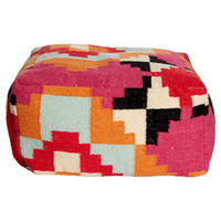 20% OFFselect poufs & Ottomans @ Fab