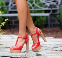 25% Off All SandalsEnd of Summer Sandals Sale!  + Free Shipping  @ Heels.com