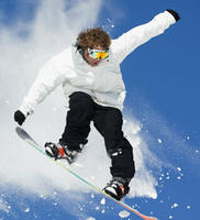 Up to 82% Off + Extra 20% OffSki and Snowboard Gears @ Skis.com