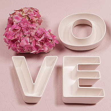 Up to 30% Off + Up to Extra 20% OffBride's Favourites @ The Knot Wedding Shop