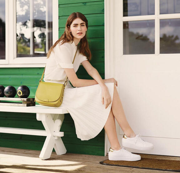 Free Personalizationfor Leather Handbags @ RADLEY LONDON