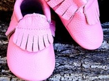 Two Toned Bow and Fringe Leather Baby Moccs