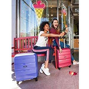 随时涨价快收史低价:寻找一个坚韧而时髦的行李箱?新秀丽旗下American Tourister 美旅Bon Air红色 55cm 32 L登机箱特价6折 原价109.95欧 折后仅售59.81欧!