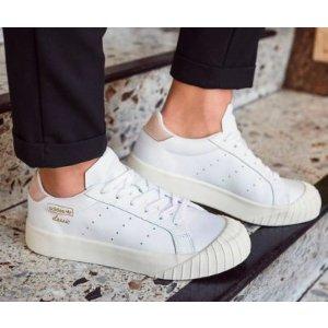 adidas Everyn饼干鞋 小白鞋