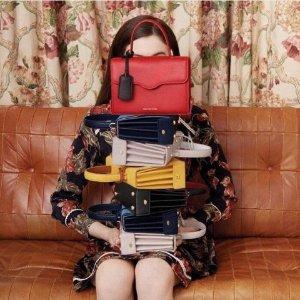 全球直邮 包括国内Lulu Guinness 折扣区低至4折 红唇包 Queenie 系列包包有点可爱