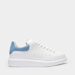 Alexander McQueen雾霾蓝小白鞋