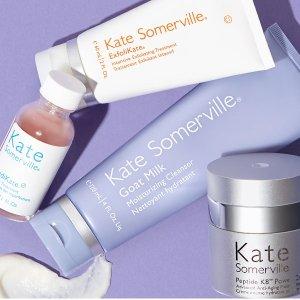 €36收明星祛痘3件套上新:Kate Somerville 祛痘养肤品牌开售 收祛痘粉瓶、羊奶洁面