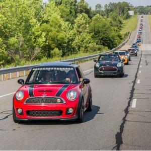快来注册参加Mini大队Mini 召集所有车主 本周末开始畅游全美