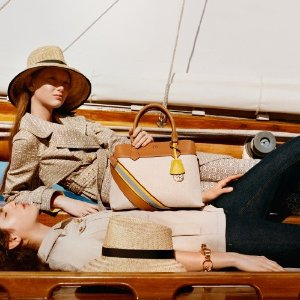 Up to 60% off + Extra 30% OffRobinson Chelsea Bags Sale @Tory Burch