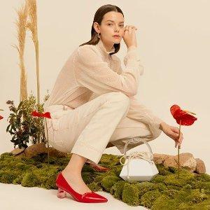 Charles & Keith 红色系美鞋热卖