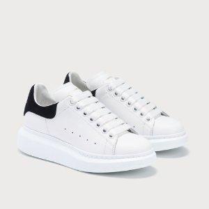 4折起+额外8折 粉尾$473Alexander Mcqueen 惊喜折扣 小白鞋、切尔西靴都有哦