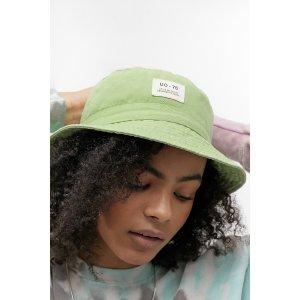 Urban Outfitters买2件 第2件半价渔夫帽