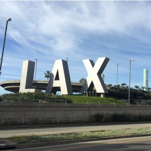As low as $97 on UnitedHouston to Los Angeles or Reverse Round-Trip Nonstop Airfare Saving