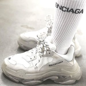 8折!可乐T仅€340 老爹鞋€636独家:Balenciaga 独家大促 可乐、沙漏、机车、袜靴等等你入