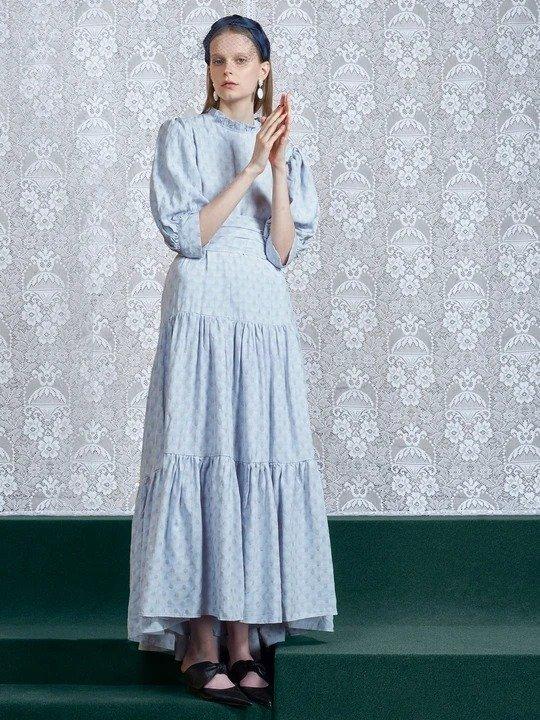 蓝色波点长裙