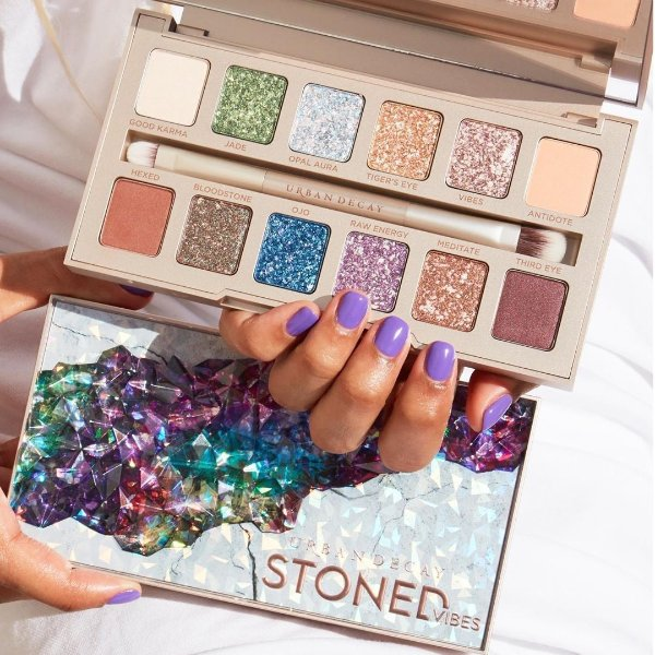 Urban Decay Stoned Vibes眼影盘