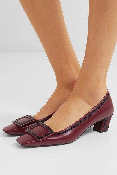 方扣低跟鞋