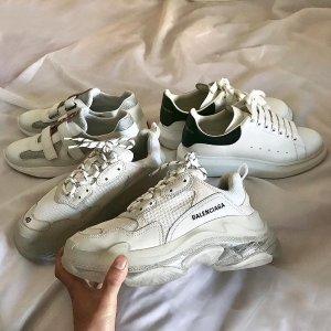 低至4折 £541收封面老爹鞋折扣升级:Balenciaga 精选潮衣热卖 彩虹字母短袖、老爹鞋、高跟鞋都有