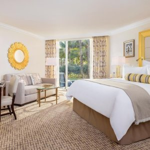 From $3783 Nt Stay at Trump National Doral Miami+RT Flight from Miami