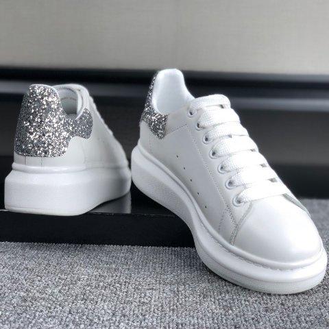 低至6折 解密一米八大长腿Alexander Mcqueen麦昆 小白鞋罕见好价 手慢无系列别犹豫