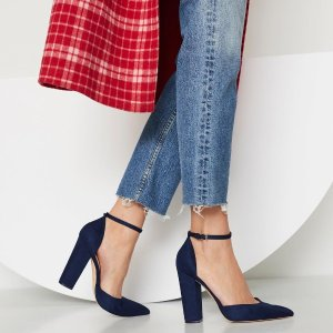 Up to 60% OffClearance Styles @ Aldo