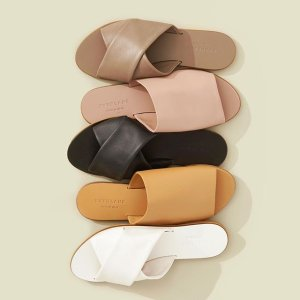 New ArrivalEverlane Sandals