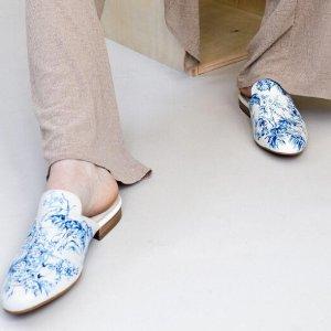 $245 复古工笔画风Alepel 手工画穆勒鞋上新订购中
