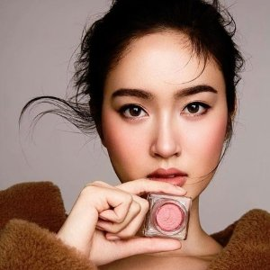 Free 7-pc Gift (Value $79)Makeup Products @ Shiseido