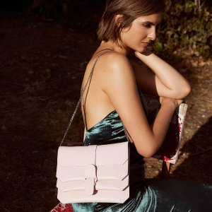 SENREVE Crossbody - Shop Luxury Hands-free Leather Bag w/ Removable Bracelet Pouch - 100% made in Italy