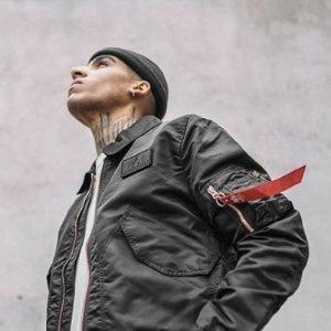 3折 $68起入绝对不简单的一款夹克Alpha Industries 精选男士服饰热卖 收最酷飞行夹克