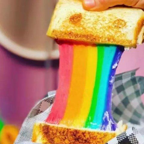 $6.99(原价$11.9)墨尔本Rainbow Toastie 网红拉丝吐司特价团购