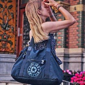 6折Kipling 精选挎包, 钱包, 双肩包等热卖 超高性价比