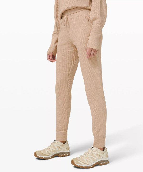 Engineered Warmth 运动裤
