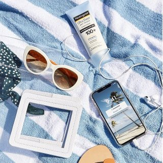 BOGO 50% OffWalgreens Sunscreen Products on Sale