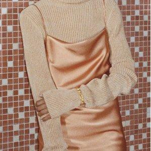 5折起 封面吊带裙$349(原价$665)Simons 设计师品牌大促 Balmain西装直降$891 风琴包$999入