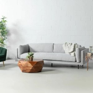 灰色布艺沙发