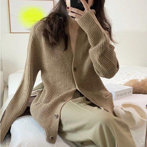 封面摩卡色开衫补货€49.9收Uniqlo 秋季最美穿搭 爆款开衫、百褶裙、摩卡色卫衣 美惨啦