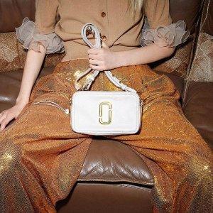 7折+额外7.5折 $183收人气相机包Marc Jacobs 特价区美包折上折热卖