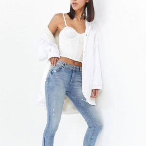 40% OffDL1961 Women's Jeans Sale @ Urban Outfitters