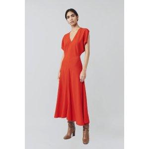 Victoria Beckham番茄红V领连衣裙