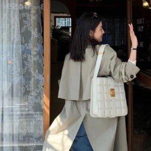 罕见6折起 €560收经典腰包Bottega Veneta 爆款惊现折扣区 今年必火 头博都在背