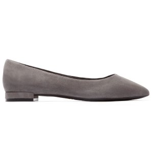 Adelyn 尖头平底鞋