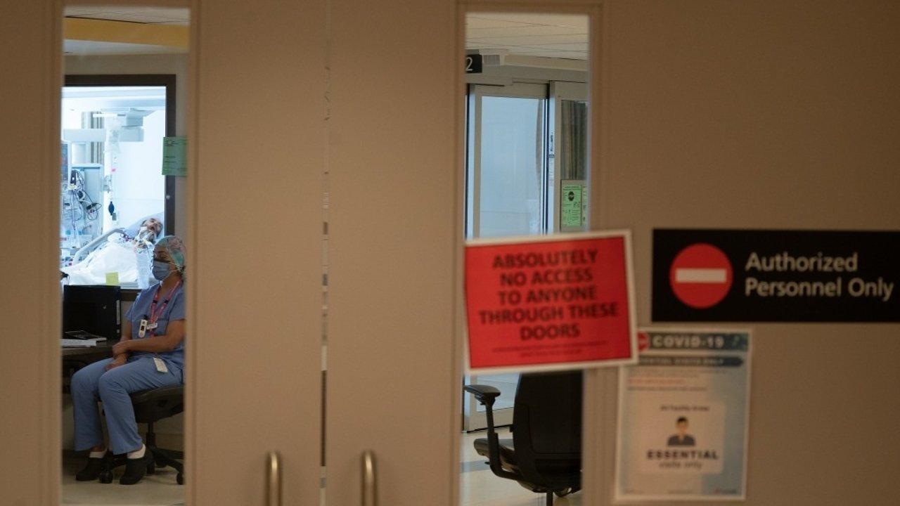 加拿大疫情   加拿大疫情福利再延长30天!专家:加拿大处在第四波疫情的开端!Delta变种与水痘一样具有传染性!安省即使解封也不解除口罩令!
